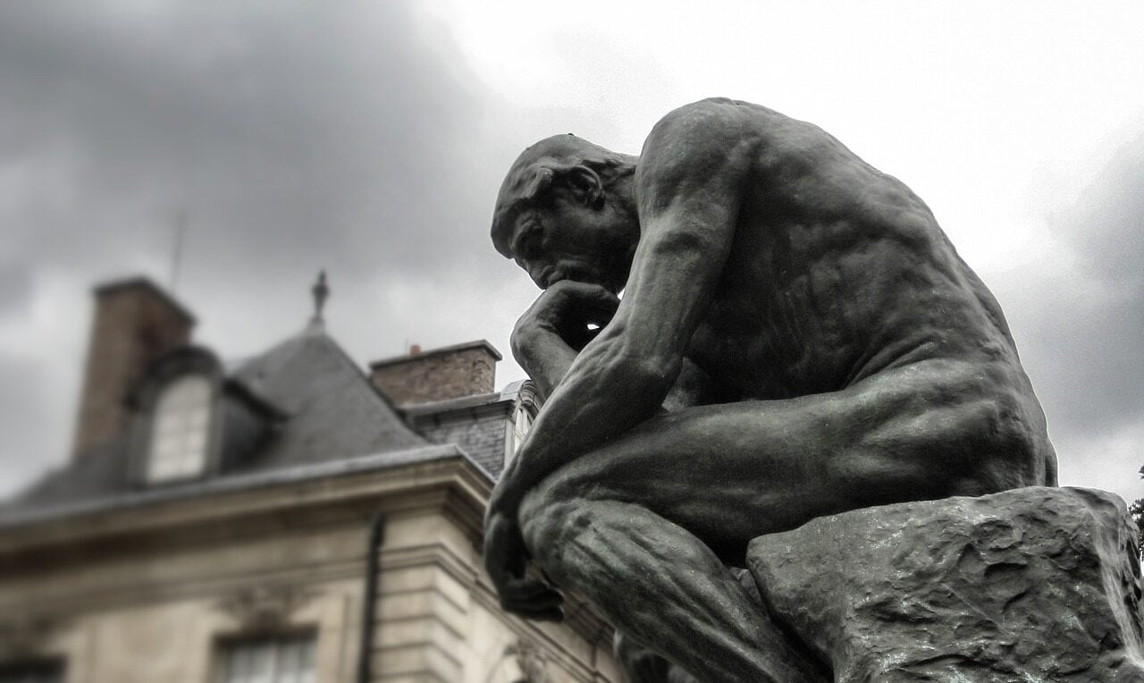 The Thinker Statue, pondering the nuances of aphantasia and the spectrum of visual imagery.